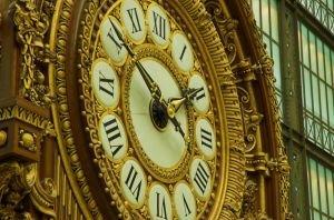 Clock in Oaris