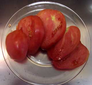 German Red Strawberry Tomato Sliced